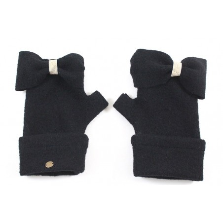 'Caro' fingerless gloves