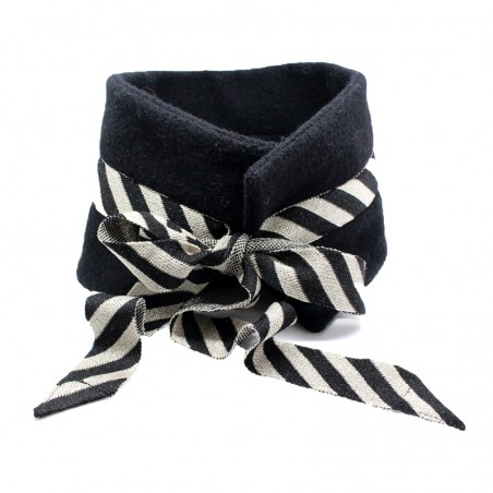 'Candy' collar